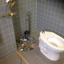 トイレの詰まりをリフォームで解決|横浜市中区関内のYビルにてトイレのリフォーム