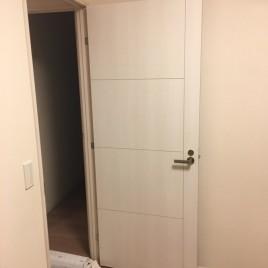 室内ドアの穴をリペア補修・修復|東京都大田区久我原のGマンションにて内装リフォーム