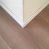 巾木(はばき)の角の剥がれを修復・補修
