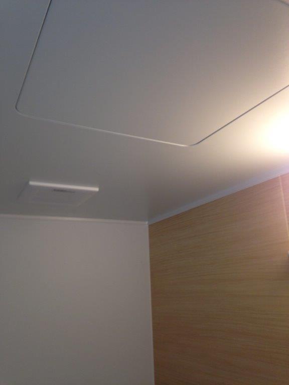 浴室リフォーム後の天井