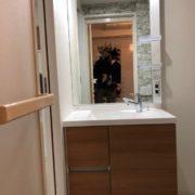 収納力アップの洗面所・洗面化粧台リフォーム